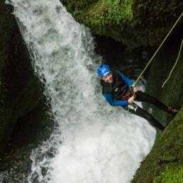 Canyon de l'Escales descente en rappel - Speleo Canyon Ariege