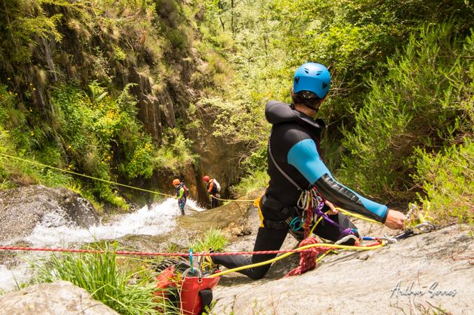 cascade equipement autonome canyoneur