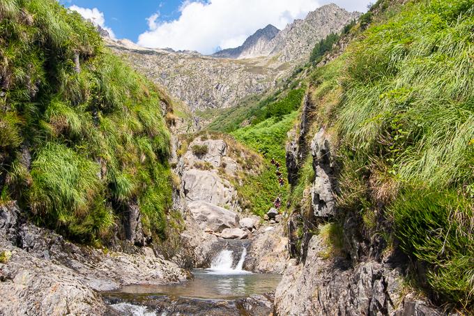 canyon pleine nature montagne ariège bassiès artigue eau cascade