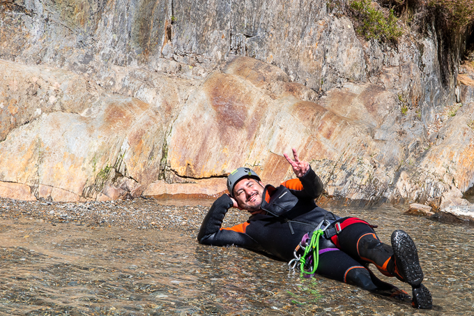 canyoning relax eau roche pleine nature