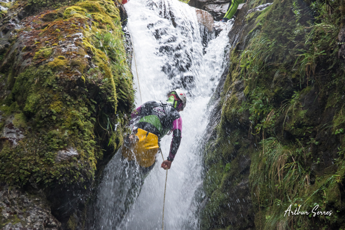rappel canyoning nouvelle zélande cascade